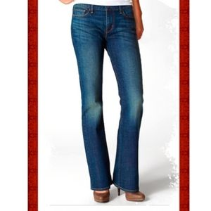 Levi's Slight Curve Classic Rise Boot Jeans